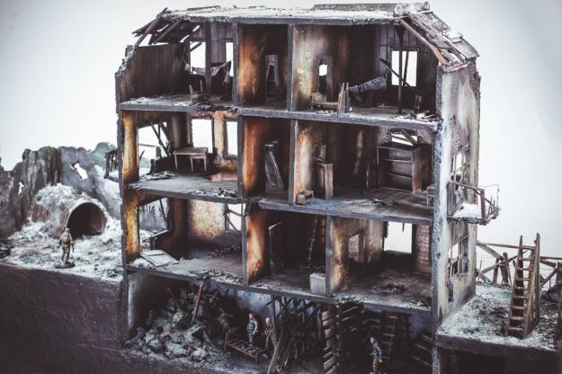 Diorama Destroyed House